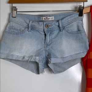 Hollister Shorts - HOLLISTER & LE TIGRE Bundle • Cutoff Shorts Tank